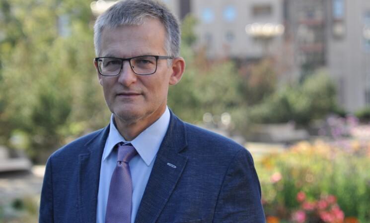 J. Sabatauskas reikalauja ištirti, ar A. Verygos ribojimai nediskriminuoja pagal amžių